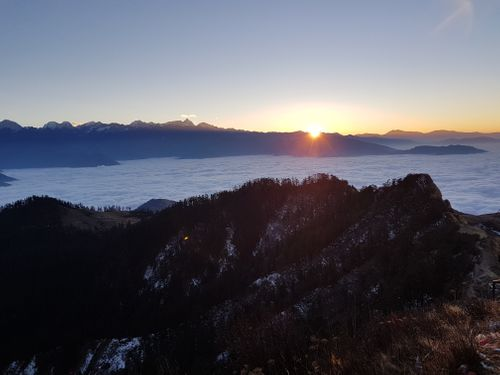 Mesmerzing,sunrise,from,the,top,of,kalinchowk.