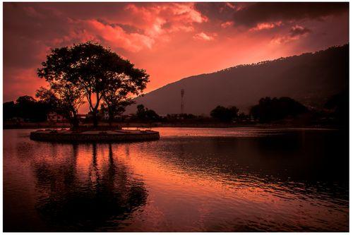 sunset,lake,taudaha,kathmandu,kritipur