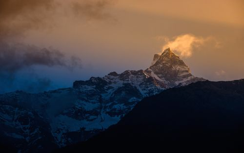mount,fishtail,sunrise,capture,siding,machhapuchre,vdc,nepal