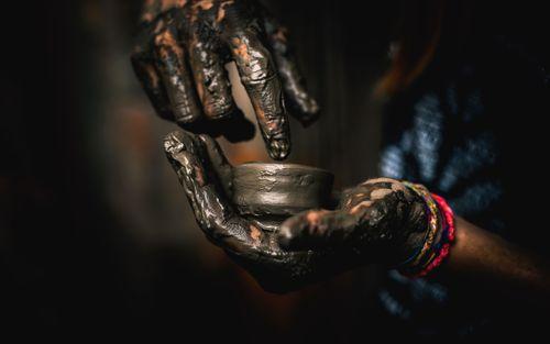 clay,art,foreigner,making,pot,bhaktapur,darbar,sqaure,nepal
