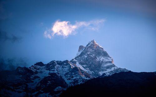 shining,mount,fishtail,photo,siding,nepal