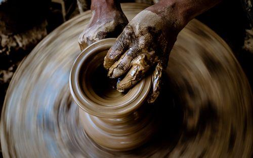 making,clay,art,pot,bhaktpur,nepal