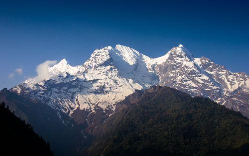 mount,ganesh,ii,range,north,face,chekampar,gorkha,manaslu,circuit,nepal