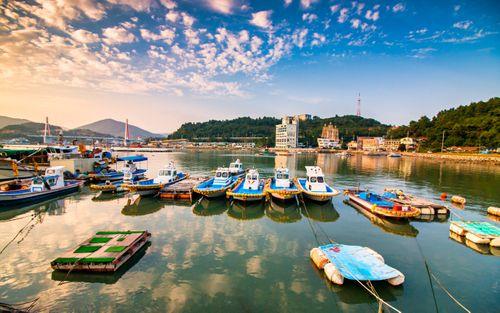 parking,boat,yeosu,beach,south,korea