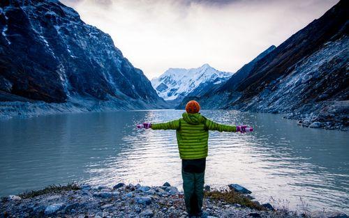 beautiful,tsho,rolpa,lake,sunrise,dolakha,nepal