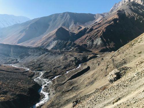 surreal,view,manang,hills,marsyangdi,gorge
