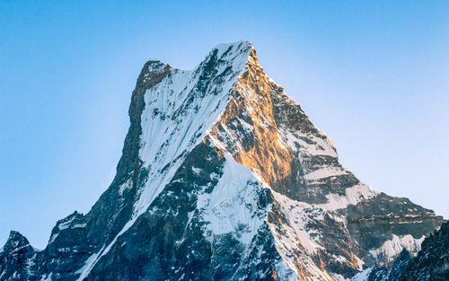 shining,mount,fishtail,mardi,himal,trek,kaski,nepal