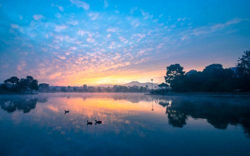beautiful,view,sunrise,taudah,lake,kathmandu,nepal
