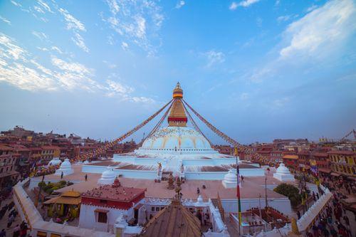 boudhanath,stupa,buddhist,temple,kathmandu,nepal,sacred,sites,tibetan,buddhism,tibet,original,built,woman,sons,historians,date,current,structure,14th,century,ce