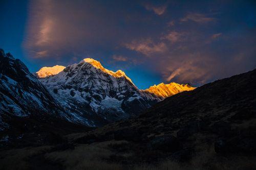 beautiful,sunrise,hit,annapurna,peak