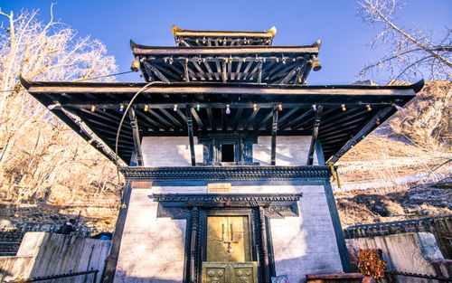 beautiful,temple,muktinath,mustang,nepal