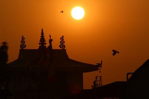 sunrise,boudhanath