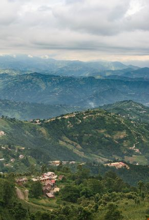 cloudy,day,offers,view,hills,surrounding,nagarkot,picture,form,place,called,yeti,cave,kilometers,bazar,viewtower