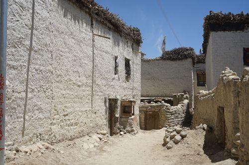 street,lomanthang,uppermustang,nepal