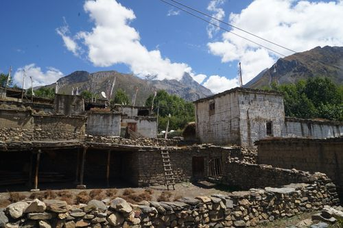 typical,tibetan,architecture,purang,village,mustang,nepal