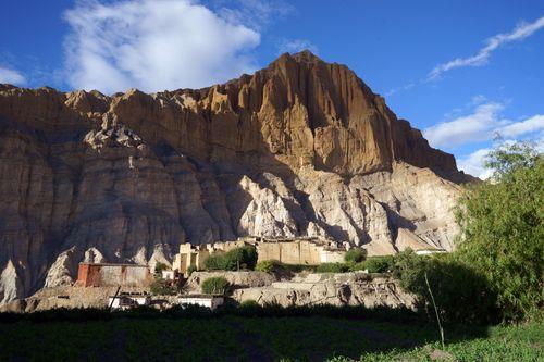 tetang,village,upper,mustang,nepal