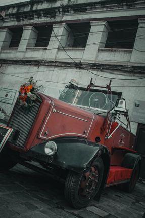 car,saves,people,#fire_brigade_2015