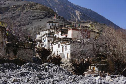 lupra,village,traditional,architecture,mustang,nepal