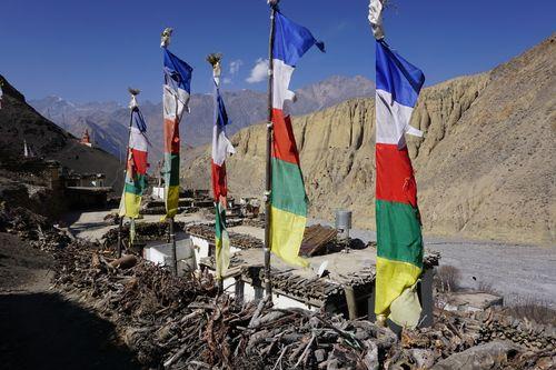 beautiful,lupra,village,buddhist,prayers,flag,lower,mustang,nepal