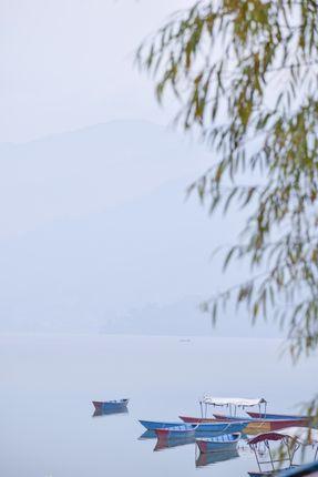 beautiful,boats,fewa,lake,gloomy,winter,day