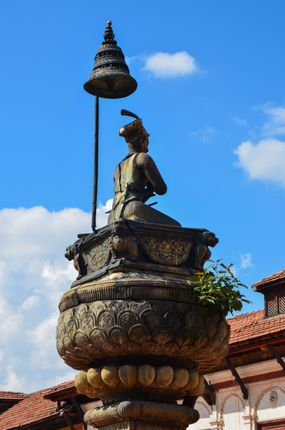 statue,king,bhupatindra,mall,bhaktapur